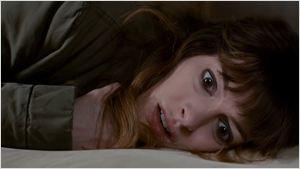 """""""Colossal"""": Anne Hathaway verspürt im ersten Teaser eine besondere Verbindung mit einem """"Godzilla""""-ähnlichen Monster"""