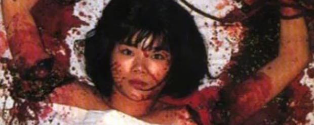 Nackte Mädchen in Horrorfilmen