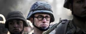 """Erste Bilder zu Oliver Stones """"Snowden"""": Joseph Gordon-Levitt als bebrillter Whistleblower"""