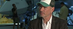 """Zur Vorbereitung habe ich mir 'Twilight' & 'Die Tribute von Panem' angeschaut"": Das FILMSTARTS-Interview mit Roland Emmerich am Set von ""Independence Day 2"""