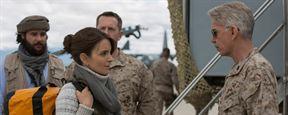 """""""Whiskey Tango Foxtrot"""": Neuer Trailer zur schwarzen Komödie mit Tina Fey als Journalistin in Afghanistan"""