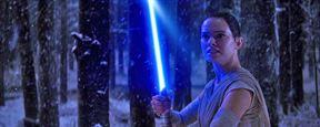 """J.J. Abrams enthüllt: Erst durch Nachdrehs wurde """"Star Wars - Das Erwachen der Macht"""" zu einem so guten Film"""