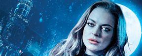 """Im Trailer zu """"Among The Shadows"""" bekommt Lindsay Lohan Hilfe von einer Werwolf-Detektivin"""