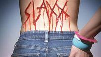 """Abgedrehter geht's kaum: Trailer zur Horror-Komödie """"Slaxx"""" um ein Paar grausam mordender Jeans!"""