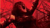 """Über 6.500 Liter Kunstblut: """"Evil Dead Rise"""" wird einer der blutigsten Horrorfilme aller Zeiten – neue Bilder veröffentlicht!"""