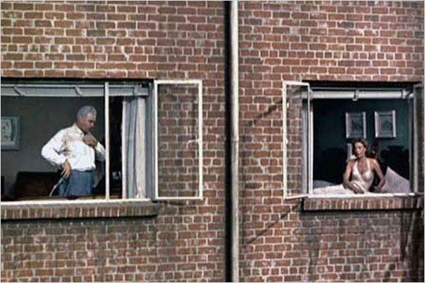 Das fenster zum hof bild alfred hitchcock das fenster for Fenster zum hof