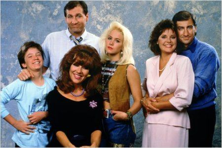 Eine schrecklich nette Familie : Bild Amanda Bearse, Christina Applegate, David Faustino, Ed O'Neill, Katey Sagal
