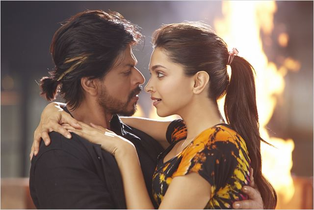 Bild zu Shah Rukh Khan zum der Film Happy New Year - Bild ...