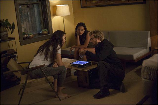 Bild Finn Jones, Jessica Henwick, Rosario Dawson