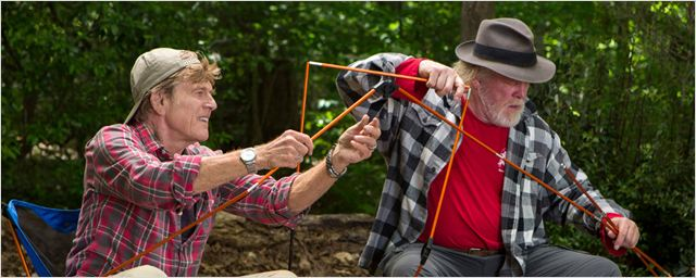 """Robert Redford und Nick Nolte planen im ersten deutschen Trailer ein """"Picknick mit Bären"""""""