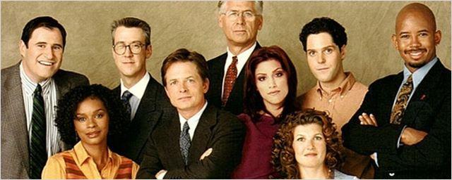 Nostalgie pur: Diese 40 TV-Serien sind vor 20 Jahren gestartet
