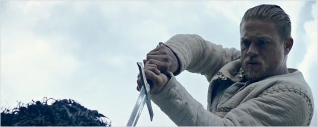 "Charlie Hunnam im ersten Trailer zu Guy Ritchies super-stylishem Action-Abenteuer ""King Arthur - Legend Of The Sword"""