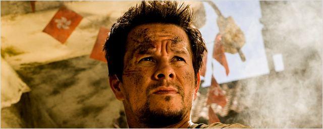 """""""Home Invasion"""": Mark Wahlberg verteidigt seine Frau und sein Heim im neuen Thriller des """"Expendables 3""""-Regisseurs"""