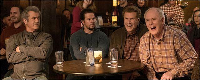 """Im neuen deutschen Trailer zu """"Daddy's Home 2"""" kommt es zum Duell Wahlberg/Gibson gegen Ferrell/Lithgow!"""