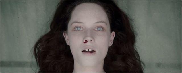 """Zum DVD-Start von """"The Autopsy Of Jane Doe"""": Deutscher Trailer zur gruseligsten Leichen-Schnippelei seit Langem"""