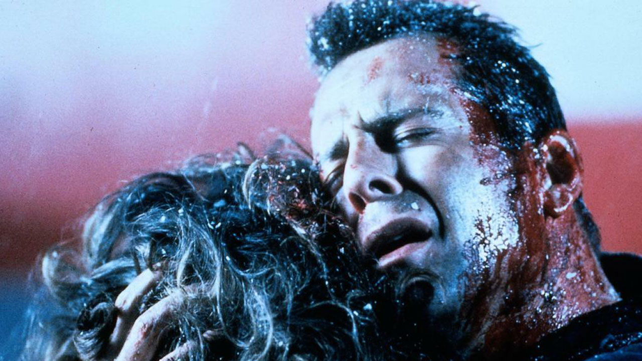TV-Warnung: Heute läuft ein großartiger Bruce-Willis-Actioner – und trotzdem können wir euch nur davon abraten!
